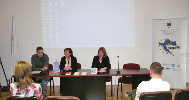 Održana javna rasprava za mlade - Važnost djelovanja mladih u lokalnoj zajednici