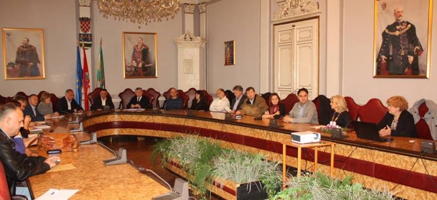 """U Županijskoj vijećnici prezentiran projekt """"Regionalni centar kompetencije u poljoprivredi"""""""