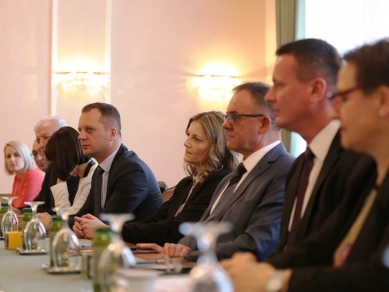 Župani pet slavonskih županija potpisali Ugovor o suradnji i zajedničkom korištenju prostora Ureda u Bruxellesu